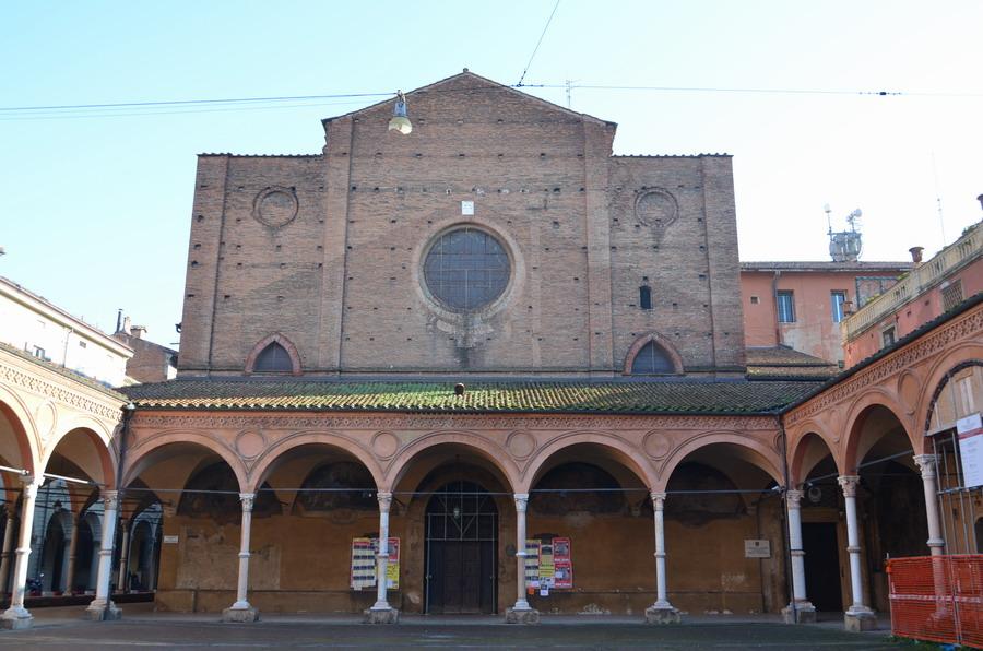 Болонья базилика Санта-Мария-дей-Серви