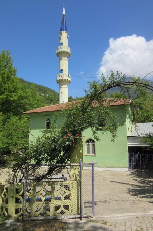 Мечеть в турецкой деревне