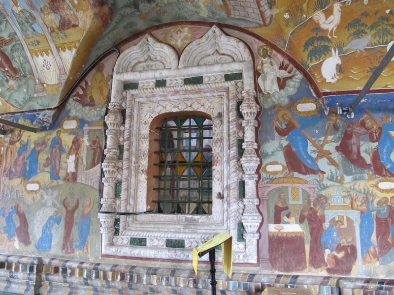 Фрески в Воскресенском соборе Тутаева