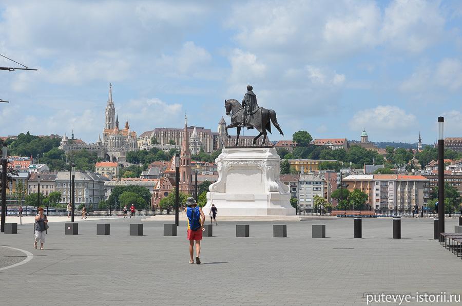 Будапешт Памятник графу Андраши