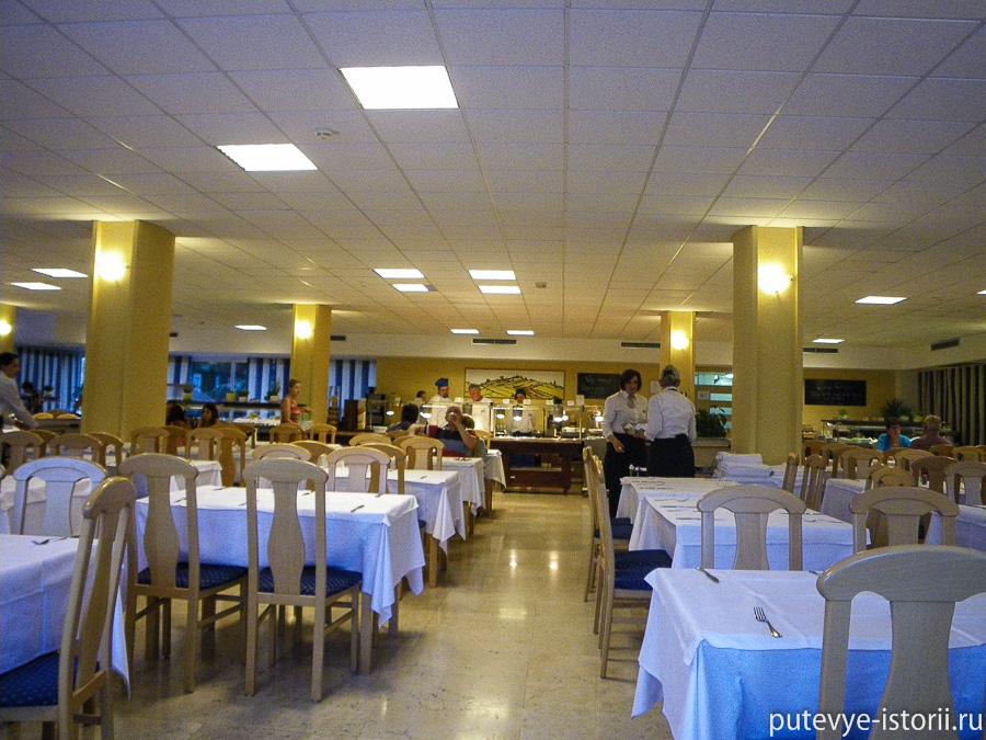Отель Лагуна 3 Хорватия столовая