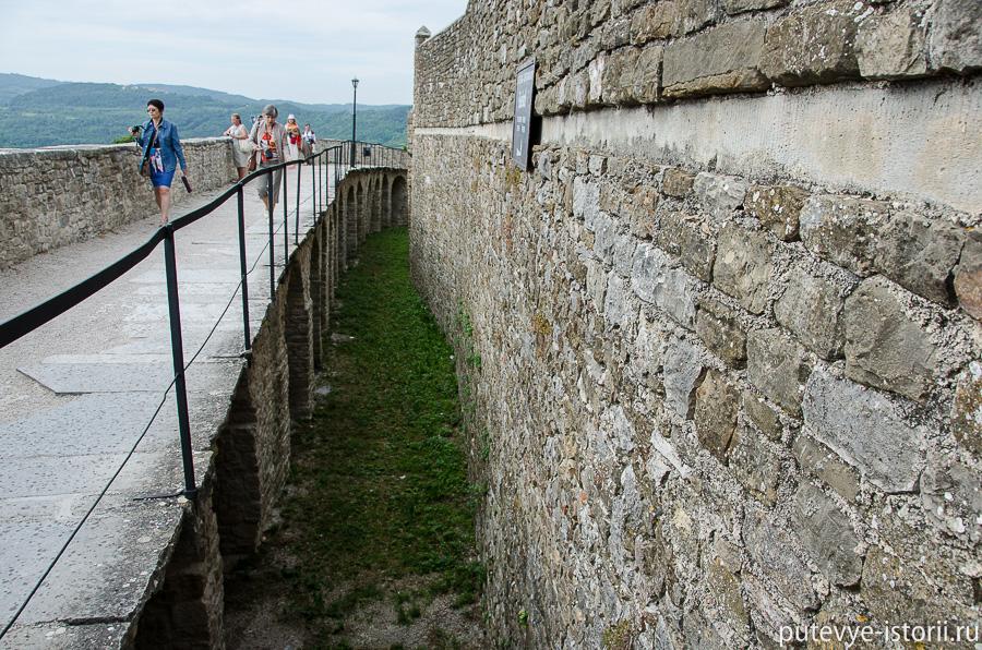 Мотовун крепостные стены