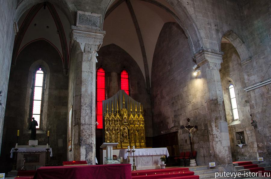 Пула, церковь св Франциска