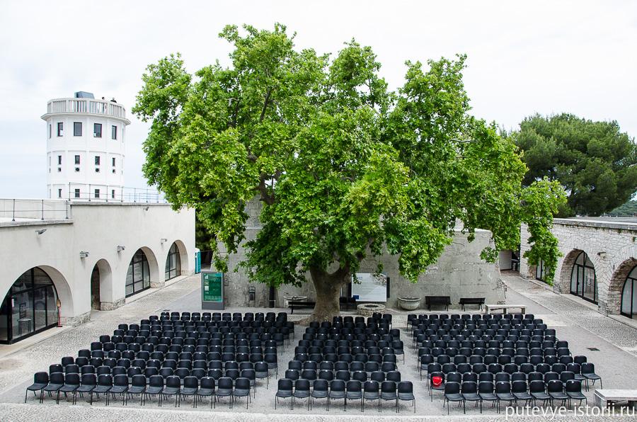 Пула, крепость Каштел