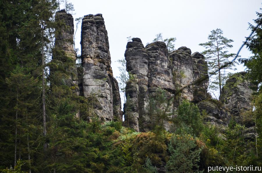 Скалы в каньоне