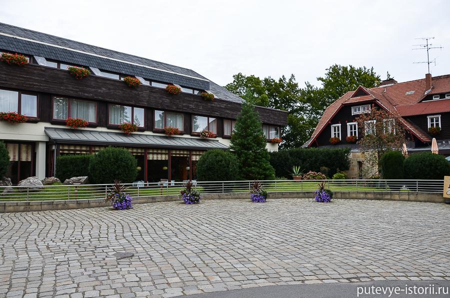 Отель около Бастайских скал