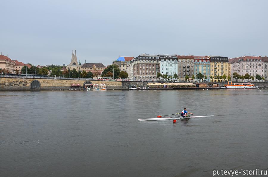 на лодке по Влтаве