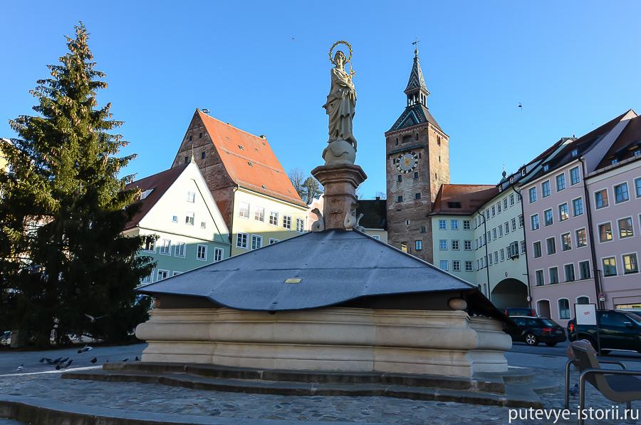 фонтан Мариенбруннен