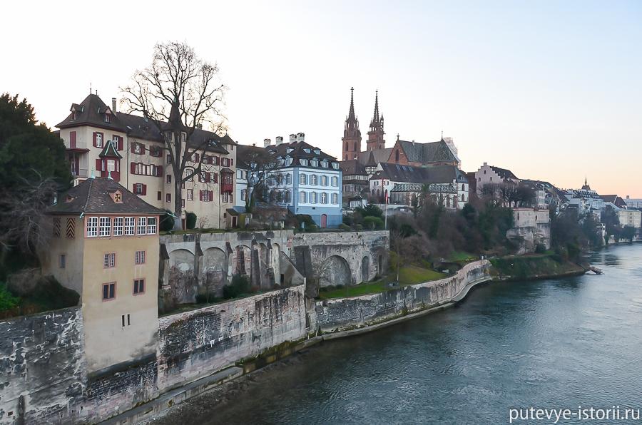 Базель. Вид на Старый город с Рейна
