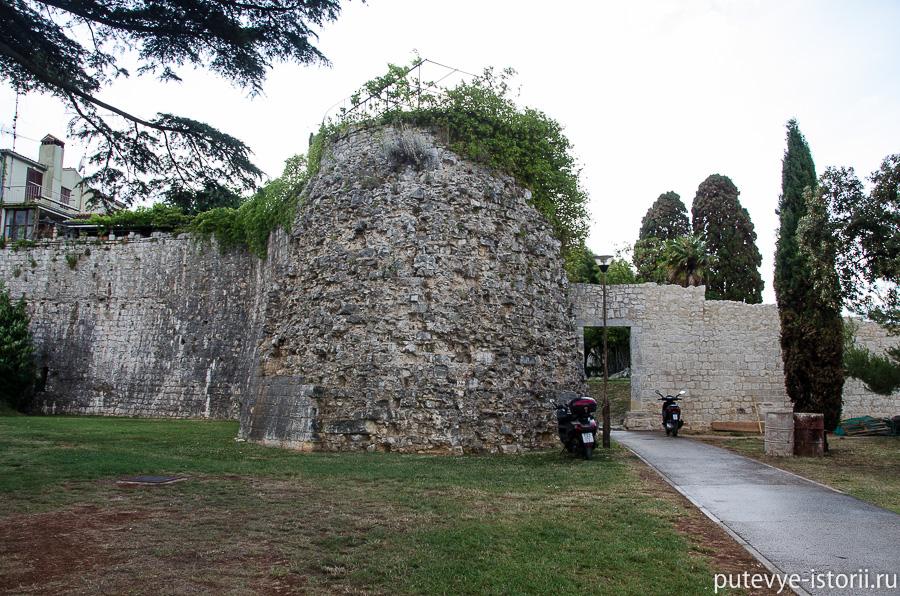 Пореч , крепостная стена