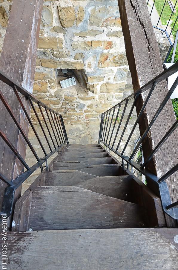 Крепостные стены лестница