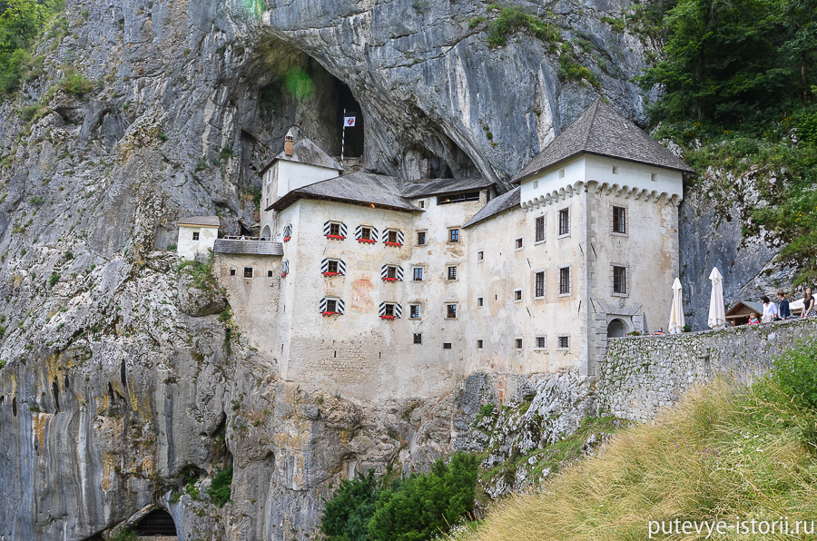 Предъямский замок фото