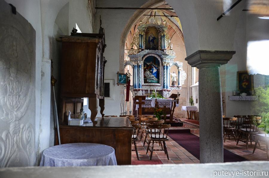 Предъямский замок церковь