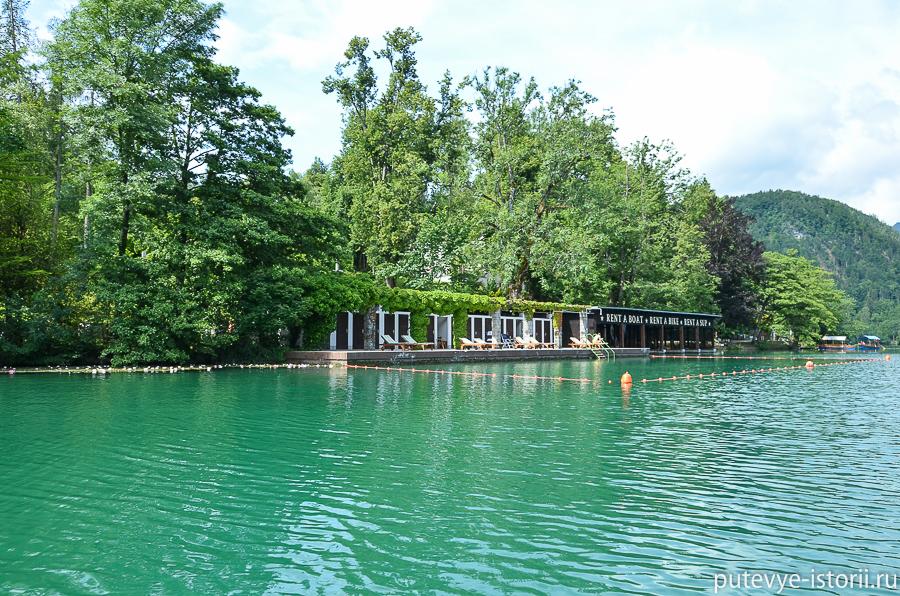 Плетни на озере Блед