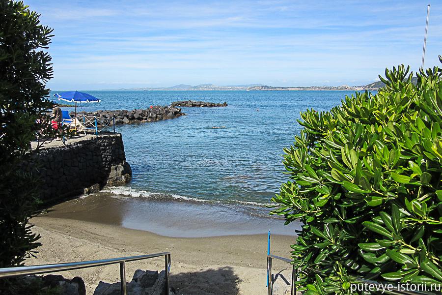 пляжи Искьи