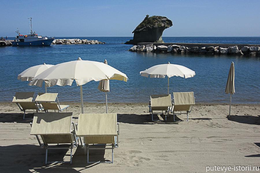 пляж в лакко Амено