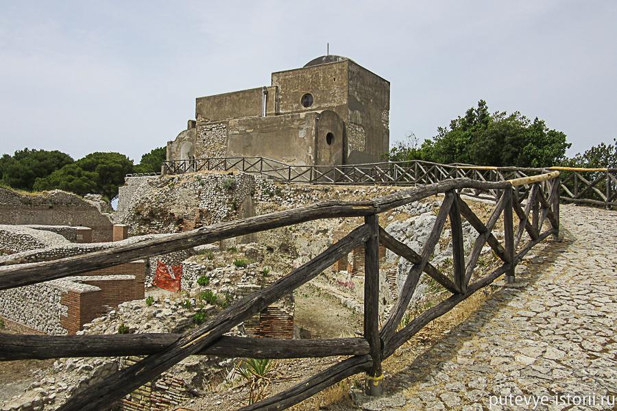 остров капри церковь соккорсо