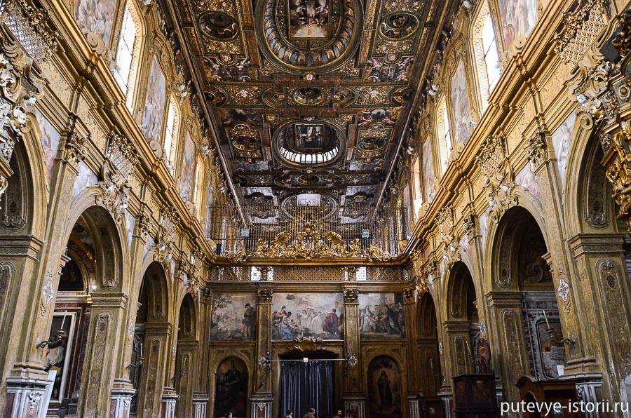 церкви неаполя Сен-грегорио-армено