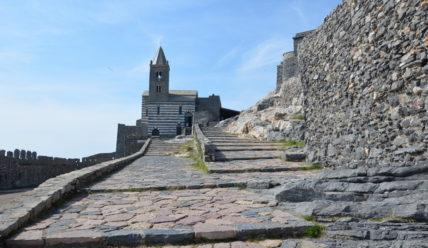 Портовенере и храм на скале