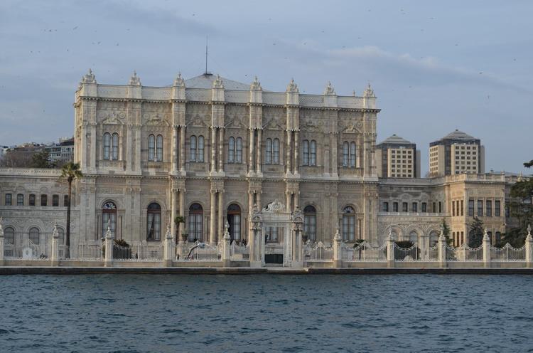 Стамбул дворуц Долмабахче