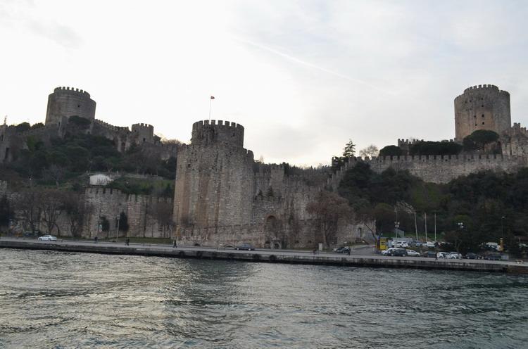 Стамбул крепость Румели Хисар