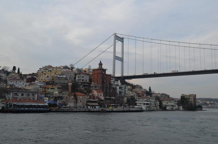 Стамбул мос из Европы в Азию