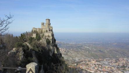 Сан-Марино — вечный праздник на горе Титано