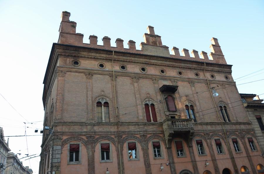Болонья палаццо Франча