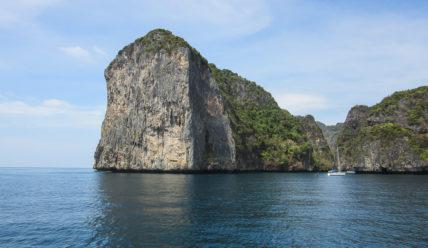 С Пхукета — на острова Пхи-Пхи. Где снимался «Пляж» с Ди Каприо