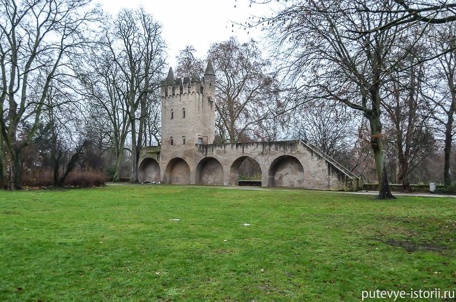 Языческая башенка в Шпайере