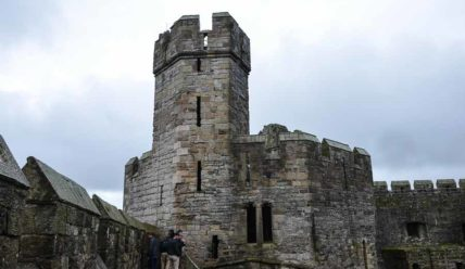 Уэльс. Замок Карнарвон
