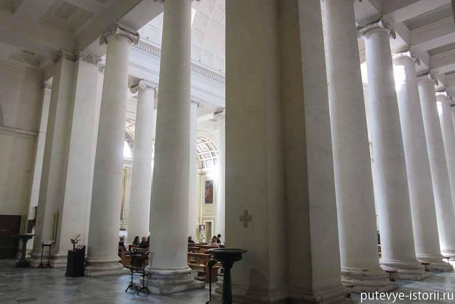 террачина церковь сан-сальваторе