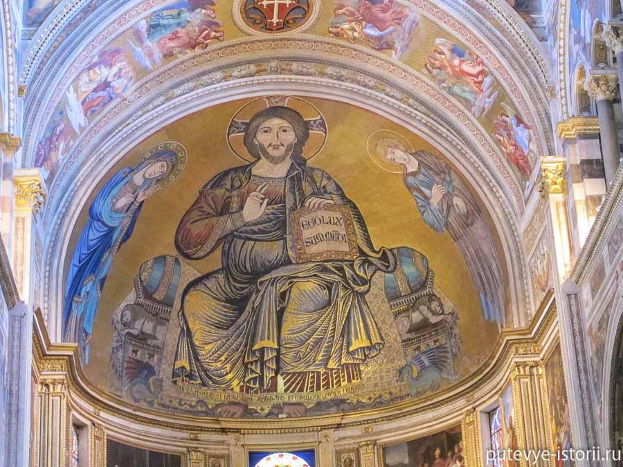 пизанский собор алтарный образ мозаика