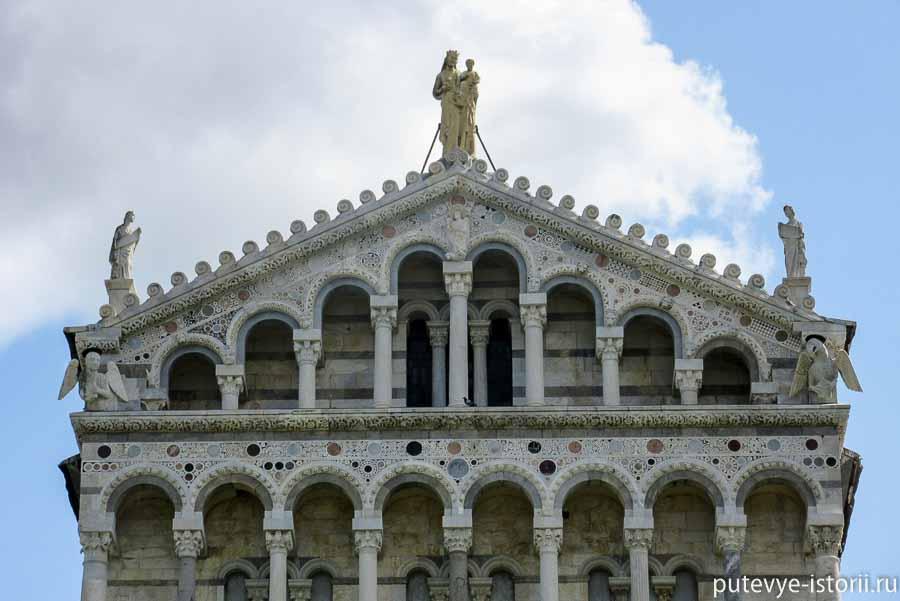 пизанский собор фронтон