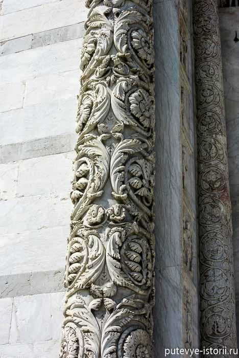 пизанский баптистерий портал