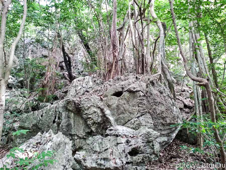 пещера Прая Након