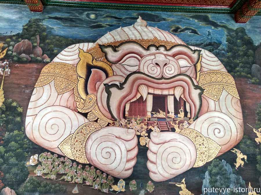 галерея королевского дворца в Бангкоке