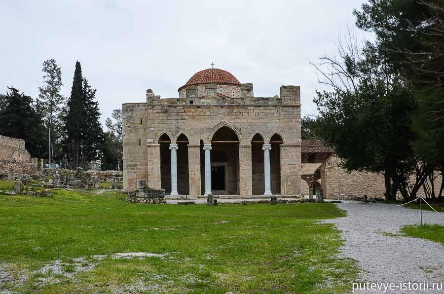 монастырь дафни
