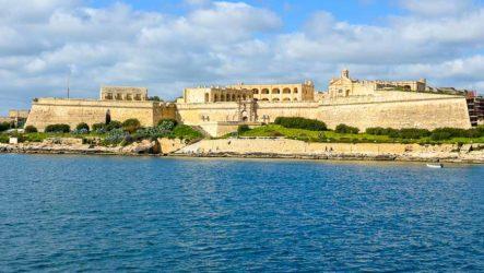 Мальта, практическая часть. Транспорт, отели, пляжи, еда, цены