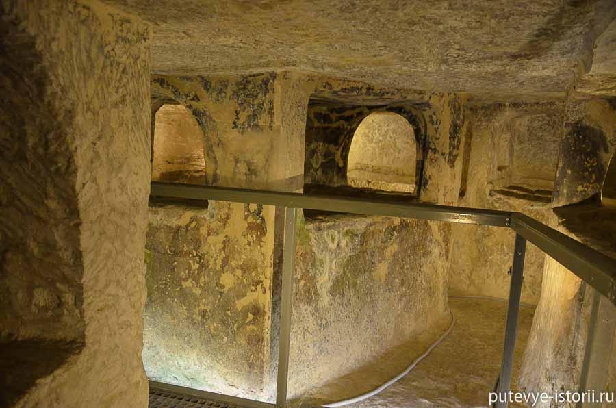 волжские мальтийские катакомбы фото нередко появляется фотосессиях