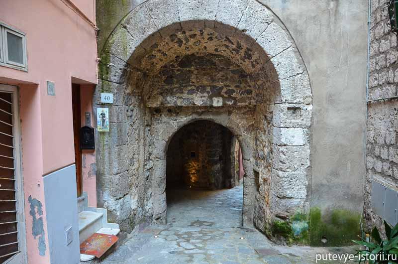 сорренто греческие ворота