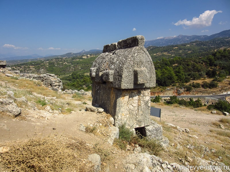 ликийские саркофаги