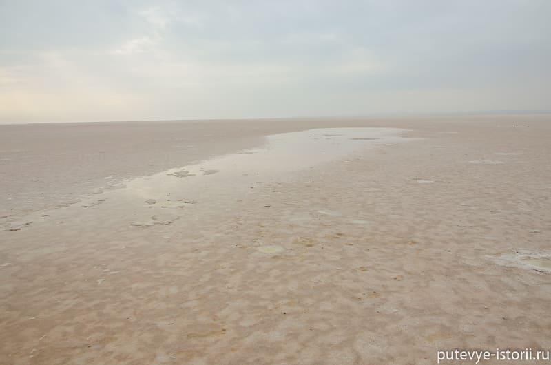 озеро туз зимой