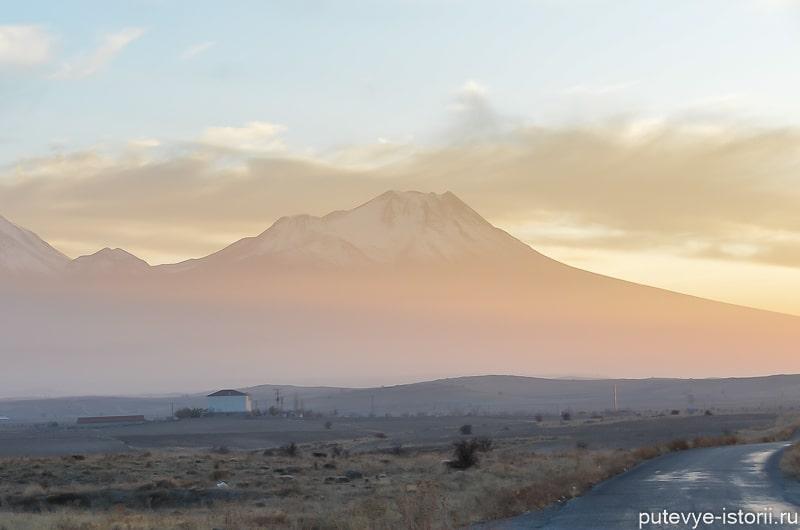 вулкан хасан каппадокия