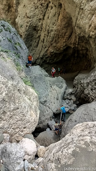 карадахская теснина маршрут